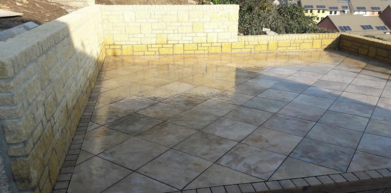 Tiled Patio - Cotswold Walls